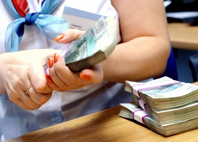 Уменьшить срок кредита или ежемесячный платеж ? Что выгоднее?