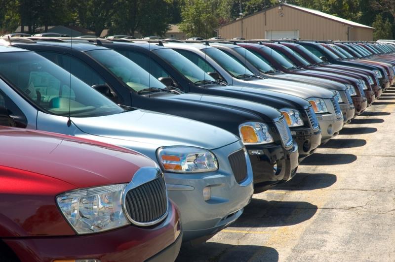 Как проверить машину на залог в банке: признаки залоговой машины