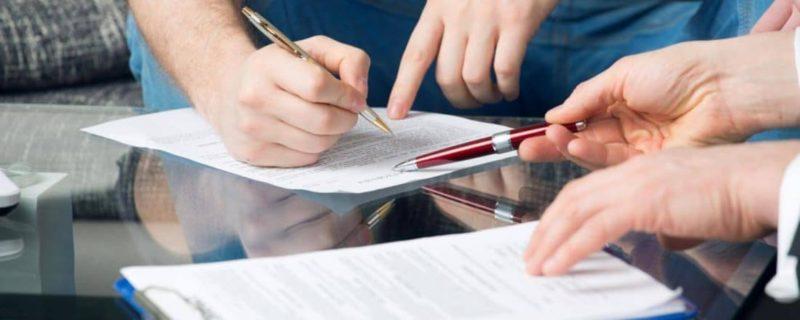 Нужно ли платить налог при дарении квартиры близкому родственнику