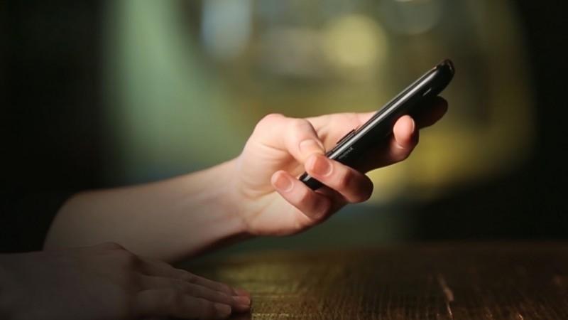 Как перевести деньги с Теле2 на Мотив через телефон