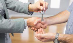 Переходят ли долги по коммунальным платежам на нового собственника
