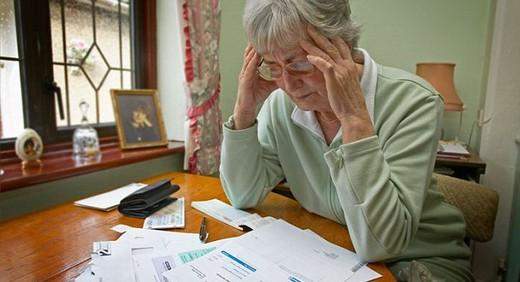 Взыскание долгов по кредиту с пенсионера - как происходит процесс возврата долга с неработающего пенсионера