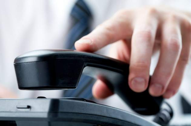 Коллекторы звонят по чужому долгу. Что делать в такой ситуации?