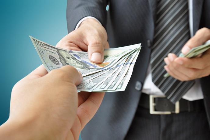 Альфа-банк: рефинансирование своих займов и кредитов других банков